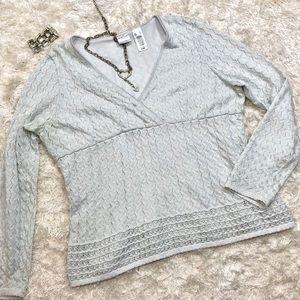 Silver Metallic V-Neck Sweater Size XL